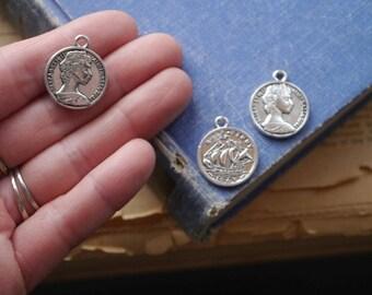 10pcs Antique Silver Coin Elizabeth The Second Boho Chic Charms Drops 24mm (SC3398)