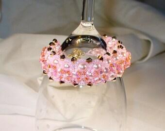 Sparkling Pink beadwoven bracelet