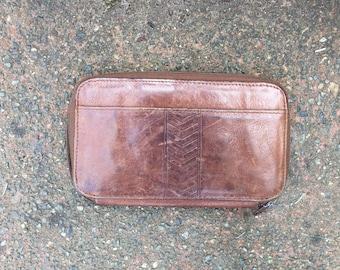 Vintage Brown Leather Wallet. Zip Up.