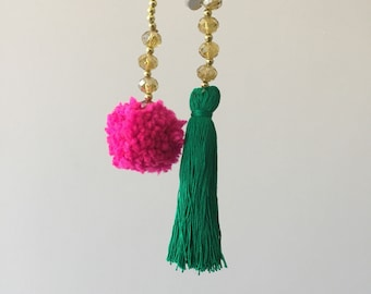 Balimoon necklace with pompoms and tassels