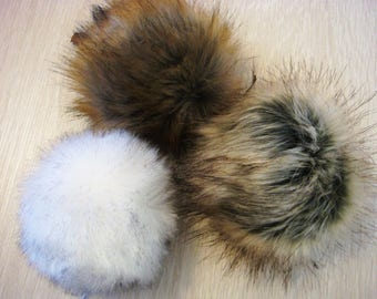 Pom pom hat/ artificial fur / Large fur pompon / for a cap removable pompon