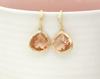 Champagne pendant earring, Dangle Earrings, Drop Earrings, stone in twisted bezel, bridesmaid gifts, wedding jewelry, glass earring, peach