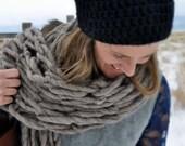 Bulky Knit Scarf Warm Beige Grey Winter Super Soft Alpaca Scarf from Handspun Yarn Fashion Unisex