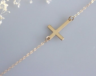 Kelly Ripa cross, Sideways Cross Necklace, Gold Horizontal Cross,Kelly Ripa style, Celebrity inspired