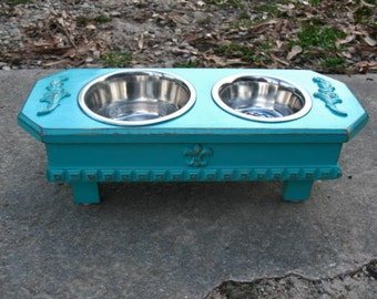 Small Elevated Pet Feeder, Turquoise, Cottage Chic, Dog Feeding, 1 One Quart, 1 One Pint Bowls, Made to Order