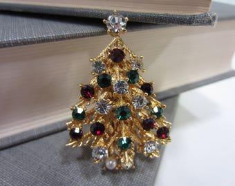 Vintage Lisner Red White & Green Christmas Tree Brooch