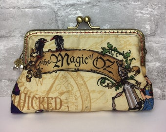 The Magic of Oz Clutch Bag ~ Make-up bag ~ Emerald City ~ Wicked ~ Follow the yellow brick road ~ Ruby slippers x