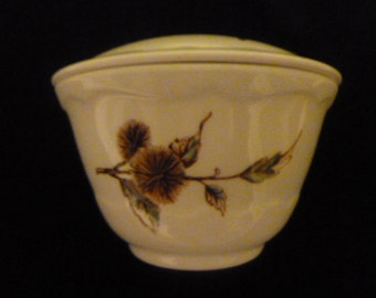 SYRALITE SYRACUSE BOUILLON or Soup Bowl with Lid