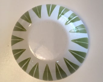 Catherine Holm Lotus Bowl Green and White/ CatherineHolm/ Avocado/Mid Century Enamelware/ By Gatormom13