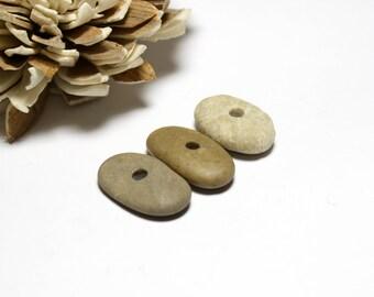 Centre plage foré pierres Rock bascule - cailloux bijoux perles organiques bascule - Artisan bricolage connecteurs trouve - recyclé Lot - Long John