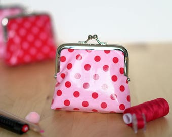 Retro purse pink with red dots (8.5 cm CLASP)