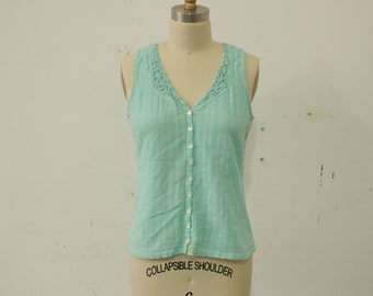 1970s Hippie Seafoam Green Gauze Button Up Tank Top with Crocheted Neckline Womens Size S