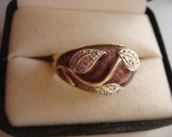 Leaf Ring with Diamond Accent