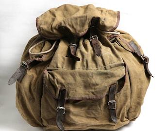 Distressed Canvas Leather Military Backpack, Green Vintage Backpack, 70s Canvas USSR Haversack, Messenger Bag