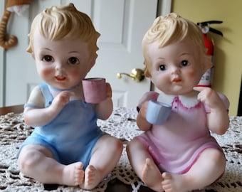 Lefton Sitting Boy and Girl, Lefton Figurines, Boy and Girl Fiqurines, Piano Fiquines, Lefton Collectibles, Vintage Lefton, Child fiqurines
