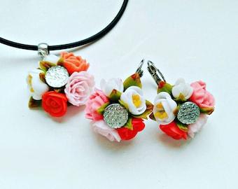 roses earrings, cold porcelain, flower earrings, red earrings, gift for her, flowers style, white roses earrings, red roses earrings