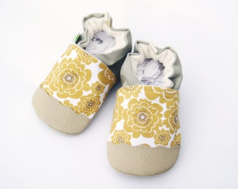 Organic Vegan Mumsy in Gold with Tan / non-slip soft sole baby shoes / made to order / babies toddlers preschool