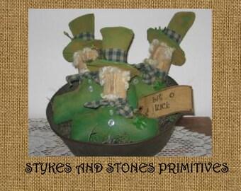 Primitive St. Patrick's Day Leprechaun Bowl Fillers Ornies Tucks Pattern