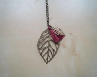 pretty leaf and Burgundy tassel necklace