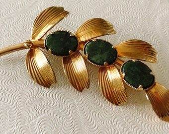 Vintage Rolyn R Inc 12k Gold Filled and Jade Leaf Brooch/Pin
