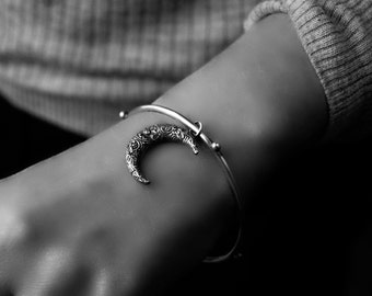 Made to Order ....... Wandering Crescent - Sterling Silver Moon Bangle