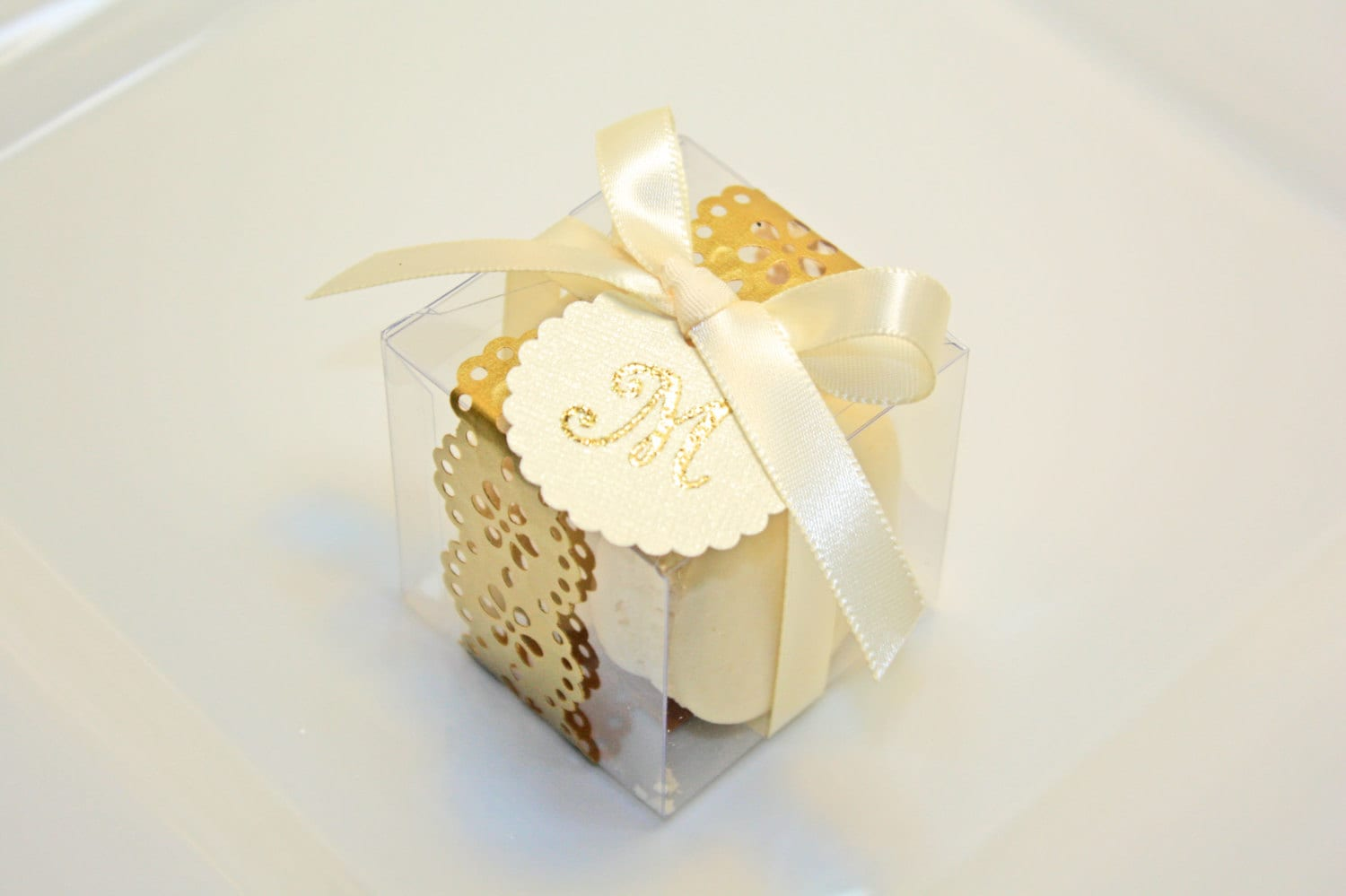 Golden Favor boxes, Golden Macaron Box - 30 Gold Favor Boxes