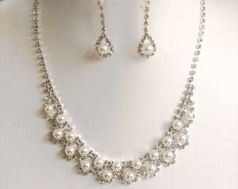 Pearl / rhinestone necklace and earrings set