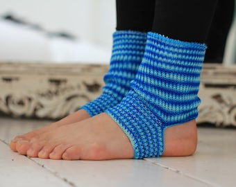 Yoga/Dancer's legwarmers - hand cranked and finished - BLUE STRIPES  Short socks with open heel one size fits all - Cotton