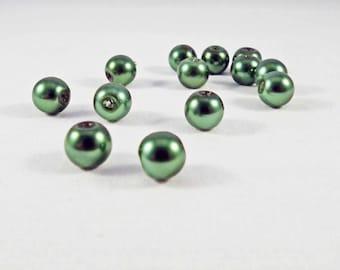 PAC80 - 10 beads round green khaki 8mm in diameter