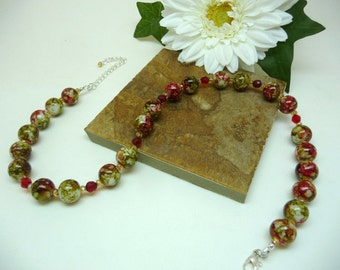 Green n Red glass beaded necklace