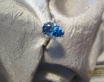 Natural Pear London Blue Topaz Ring Size 8