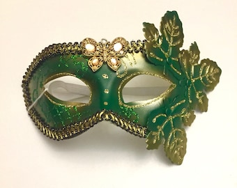 Spring Leaves Mask