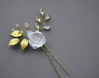 Floral hair pin, crystal hair pin, gold leaf hair pin, bridal hair piece, wedding hair pin, bridal hair pin, bridal headpiece, gold hair pin