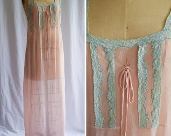 1920s Nightgown   Daphne   Vintage 20s Pink Silk Nightdress Sheer Crinkle Chiffon Mint Bobbin Lace Trim Bow Tie Flapper Gown Size M/L