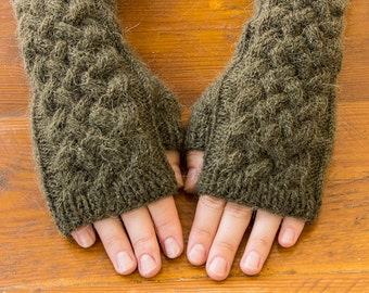 Wool khaki amwarmers, alpaca fingerless gloves, alpaca armwarmers, long wool fingerless gloves, gift for her