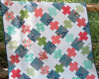 Puzzled Quilt Pattern - Multiple Sizes Quilt Pattern - Modern Quilt Pattern - It's Sew Emma ISE 159