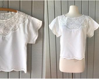 Vintage Summer White Eyelet Crop Top | Eyelet Blouse | Eyelet Lace Blouse | Vintage White Lace Top | Vintage Clothing