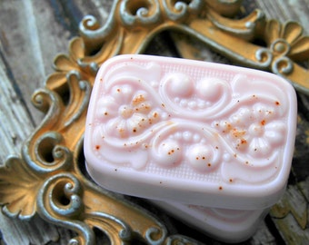 Pink Sugar Cinnamon Soap . Valentine's Day Gift Galentines Day Gift . Best Friend Birthday Gift . Homemade Soap Shea Butter Soap . Galentine