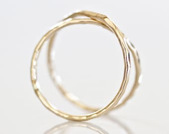 Infinity Ring / Gold Simple Ring / Gift for Her / Hammered / Love Ring / Gold Infinity Ring / Simple Jewelry / Gift for Her / Unique