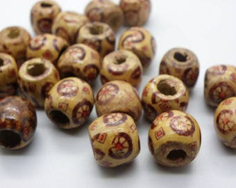 24 round wooden beads with 12 mm 4 mm hole patterns