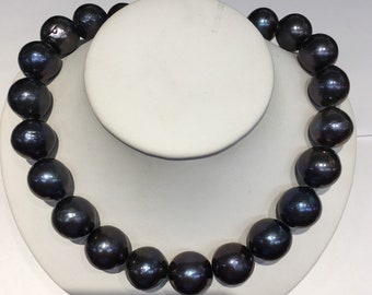 """15.5x16.5mm Black Cultured Freshwater Pearls   Great Color   17""""  14k Gold clasp"""
