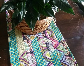 Quilted Table Runner Dining Room Dresser Home Decor