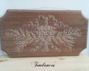Front plate 71 x 37.5 cm wood waxed patina with flower & bow