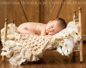 Cream Newborn Baby Blanket Chunky Prop