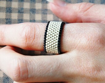 Seed Bead Ring, Peyote Ring, Beaded Ring, Delica Peyote, Woven Ring, Delica Ring, Two Color Ring, Matte Silver&Gunmetal Ring