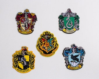 Harry Potter Set of 5 Hogwarts Houses patches - iron-on 3 inch patches