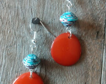 1359 - paper beads and earrings orange tagua or vegetable ivory