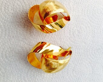 Blast from the past - gold multi dimensional earrings