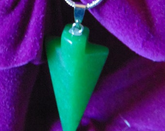 Vintage Jade arrow pendant comes with Sterling Silver Chain