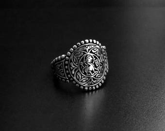 Queen Aethelswith silver ring